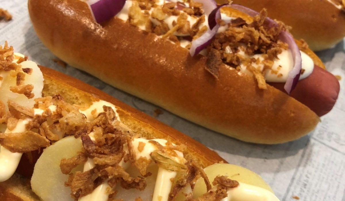 Images de hot dogs de Daily Coffee Shop